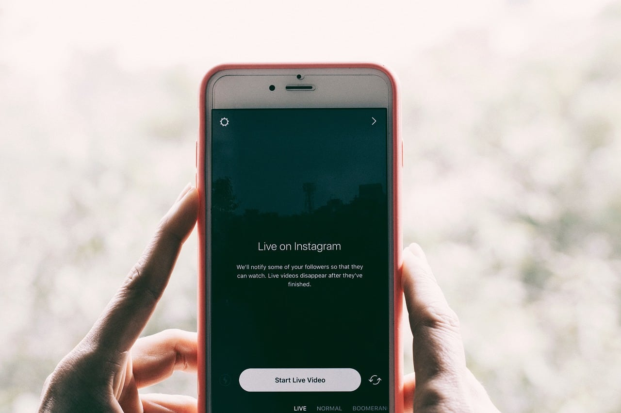 How to Go Live on Instagram in 10 Simple Steps